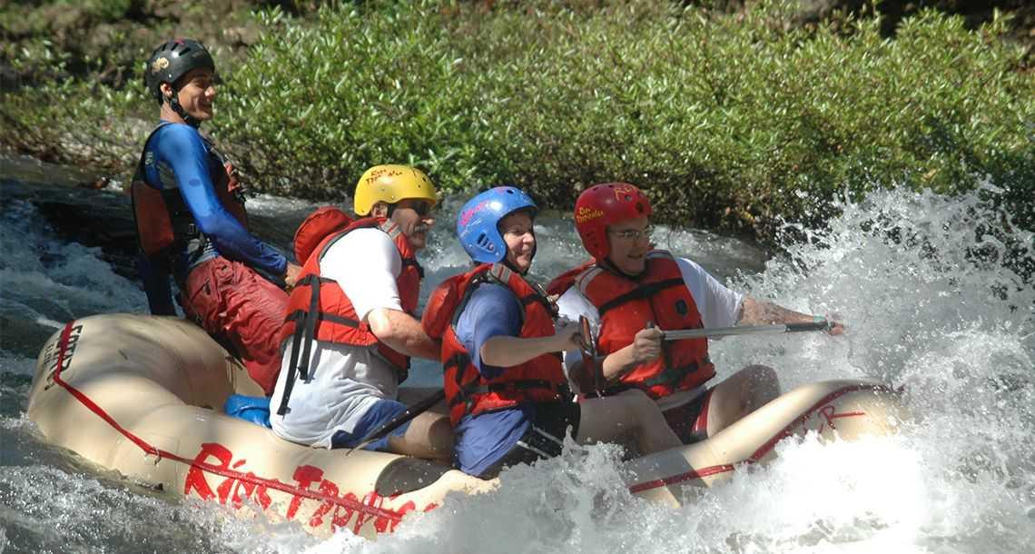 Rafting et kayaking sur le Rio Celeste